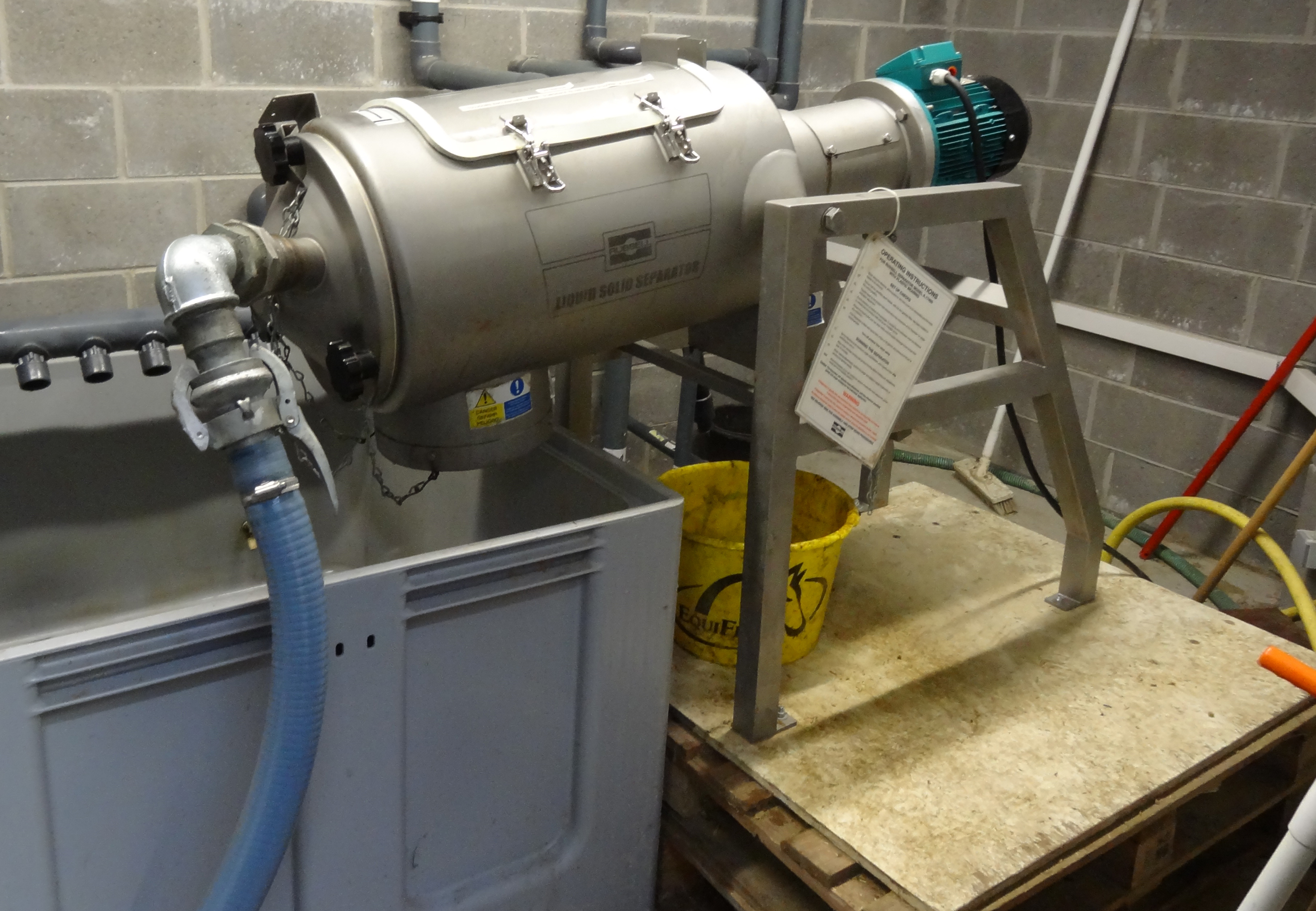 Centrifugal separator removes animal waste during hydrotherapy training session
