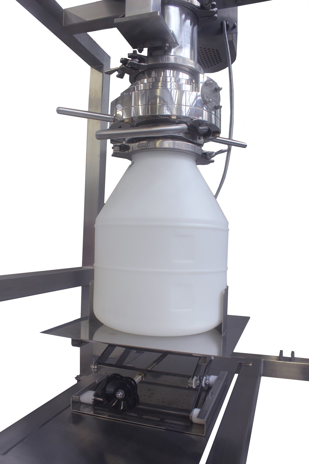 Hygienic screener with split butterfly valve to safeguard operators
